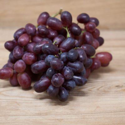Jurassic-Coast-Farm-Fruit-Grapes-IMG-1503