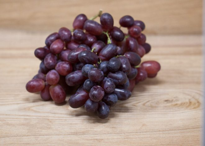 Jurassic-Coast-Farm-Fruit-Grapes-IMG-1503