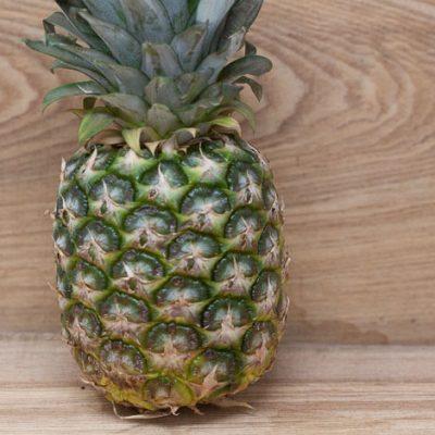 Jurassic-Coast-Farm-Fruit-Pineapple-IMG-1518