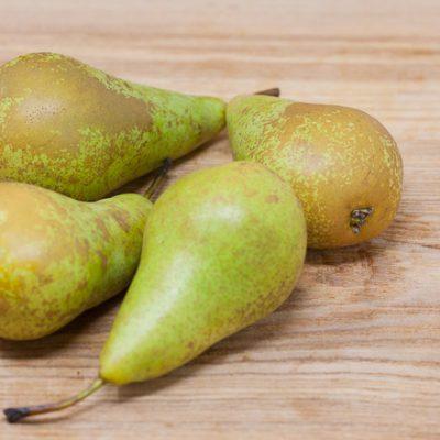 Jurassic-Coast-Farm-Shop-Fruit-Conference Pears-IMG-1868